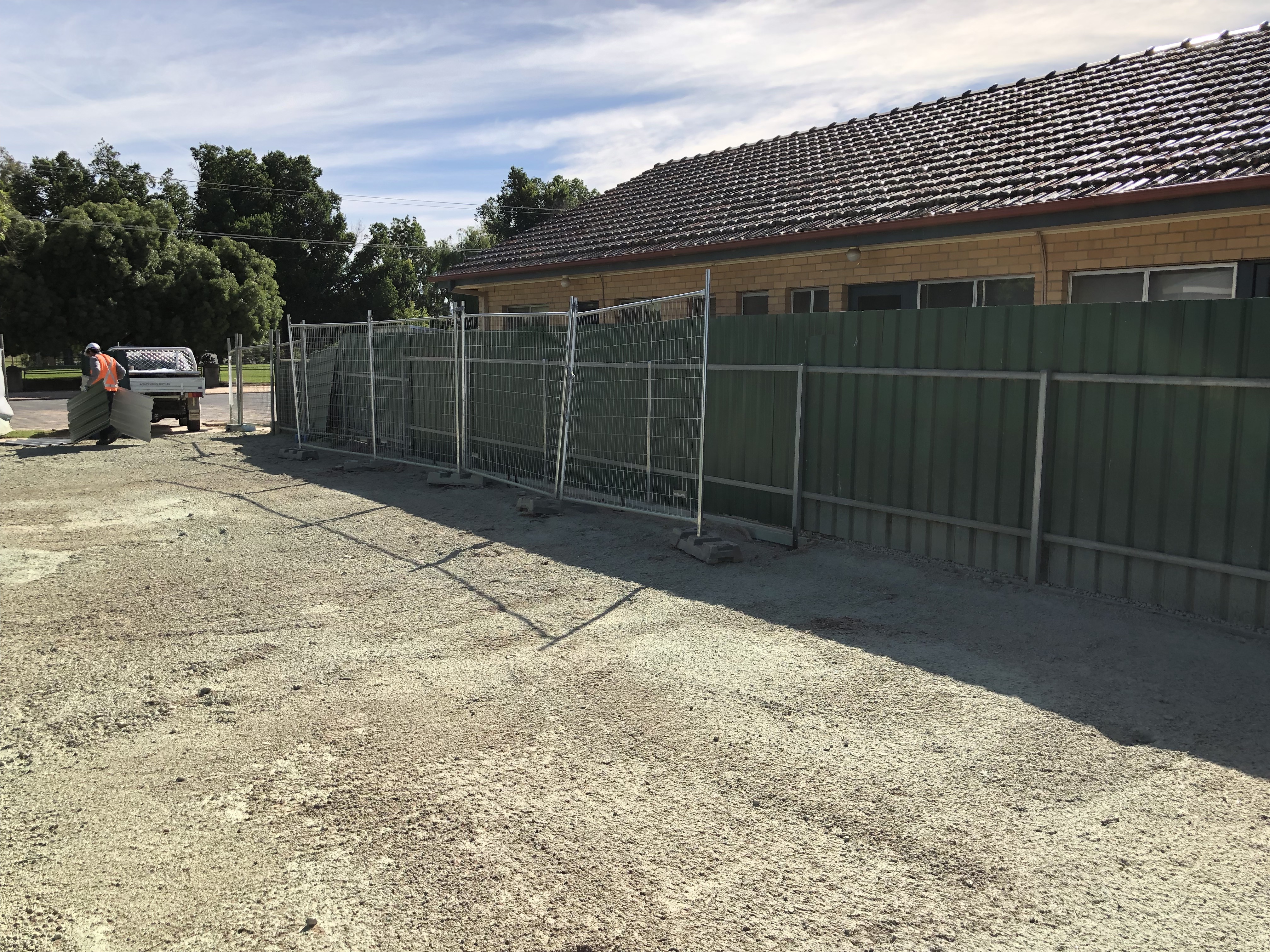 fencing installation (2)